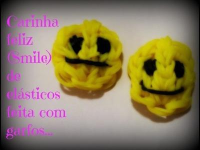 Carinha feliz (Smile) de elásticos,feita com garfos.
