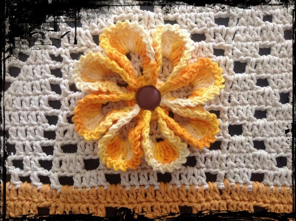 Aplicação da flor nº 2 sobre o tapete nº 12
