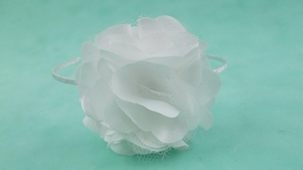 Passo a Passo: Tiara com flor de cetim e tule