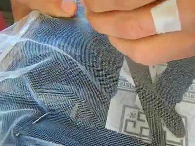 Como riscar e esticar tecido para bordar