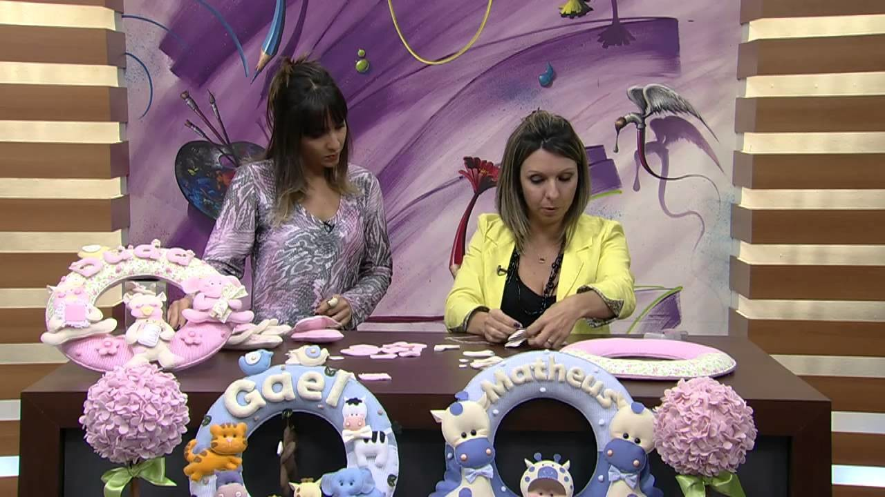 Mulher.com 27.06.2014 - Guirlanda Porta Maternidade por Karina Raszl
