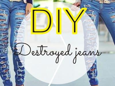 DIY - Customização de calça FÁCIL - Como fazer Destroyed jeans