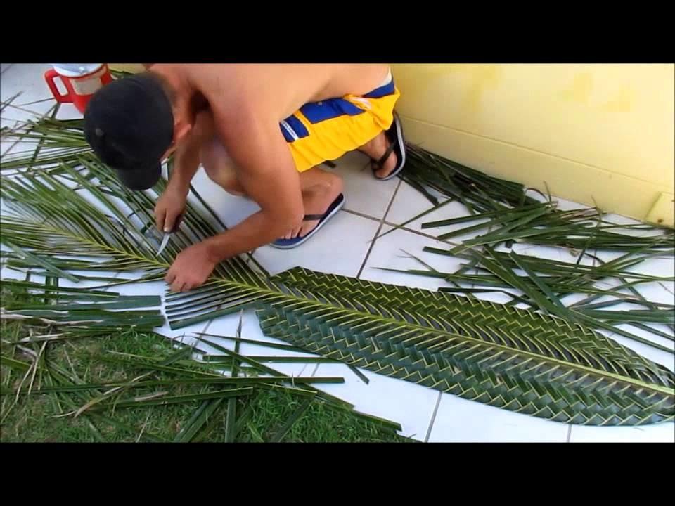 Artesanato com folha de coqueiro