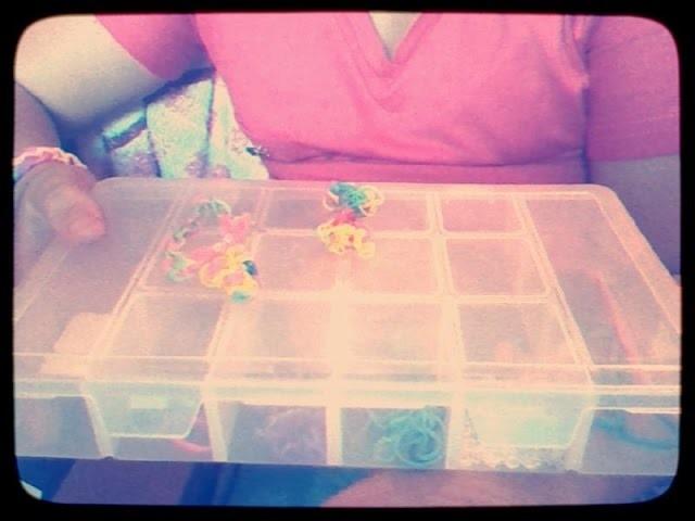 Tutorial : Como fazer florzinha de  rainbow loom sem tear ♥♥♥