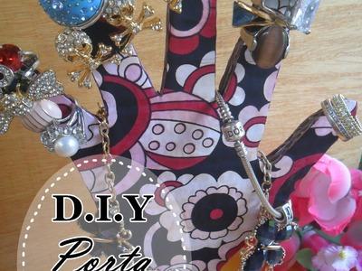 ✂ DIY- Porta anel de mãozinha feito com papelão - passo a passo