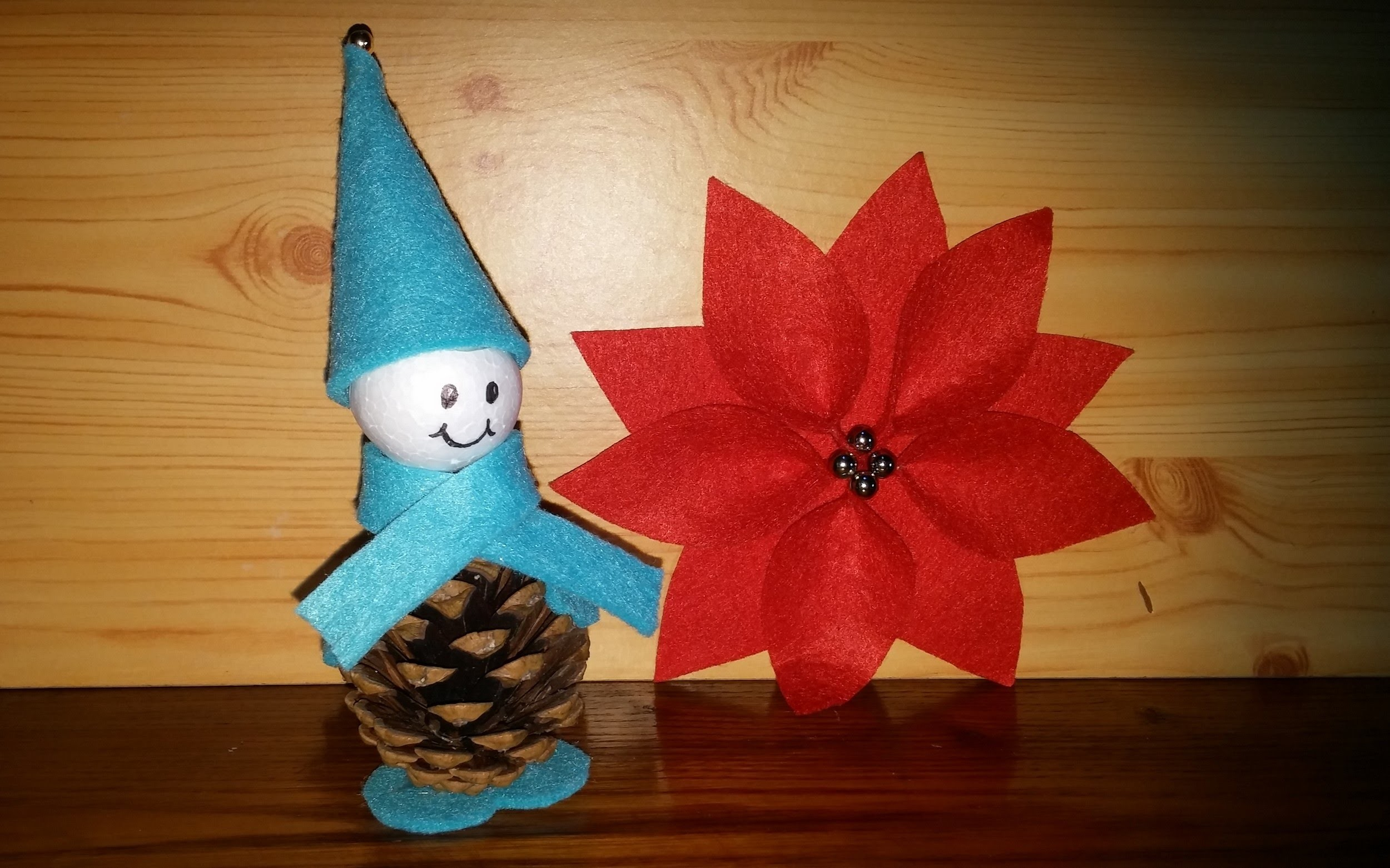 Enfeites com pinhas - Gnomo de Natal DIY - christmas decorations with pine cones