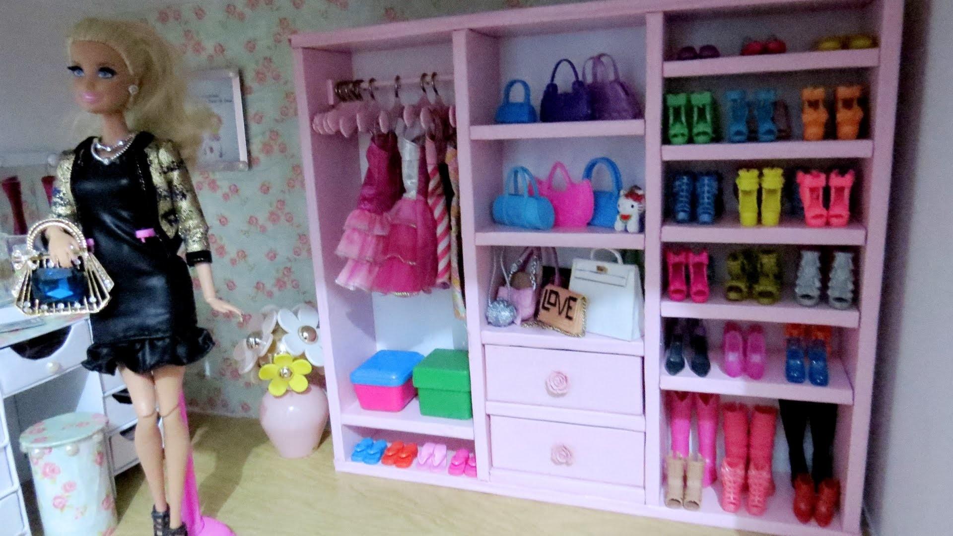 """Como fazer """"Guarda-Roupa Closet"""" com Papelão, para Barbie e Outras Bonecas (#4 - Coisas de Quarto)"""
