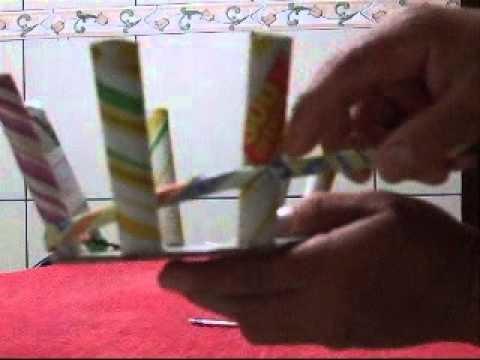 Carrinho de mão (carriola) - artesanato com jornal ( ou qualquer papel)