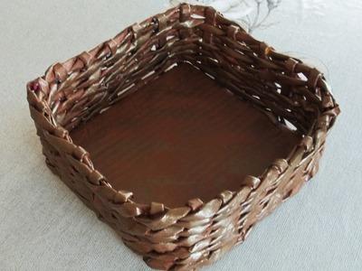 Artesanato com jornal -  cesta trançada