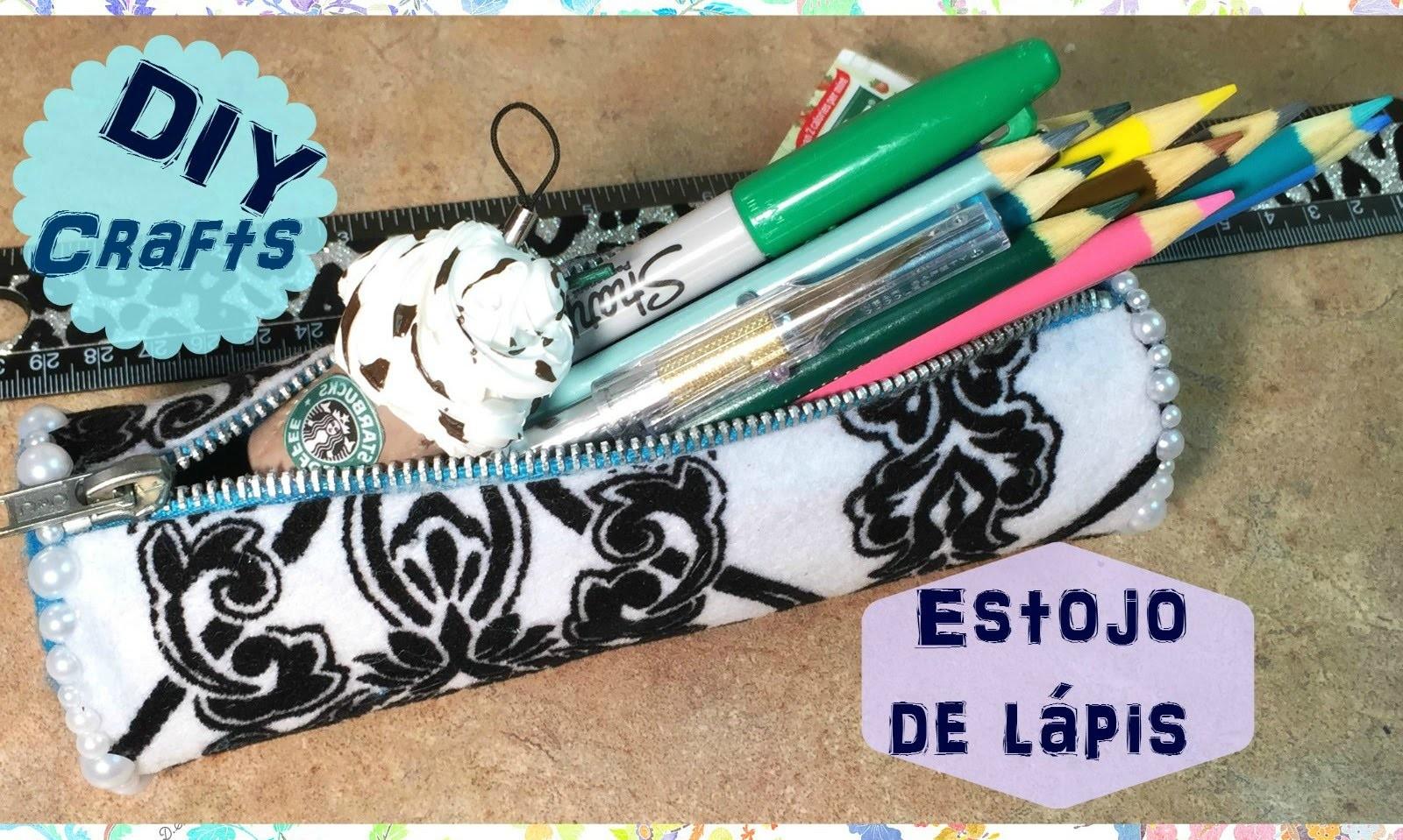 """Artesanato: """"Estojo de lápis"""" feito com material reciclável: rolo de papelão! """"DIY"""""""