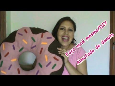 Faça vocês mesmo. DIY- Almofada de donuts (rosquinha)