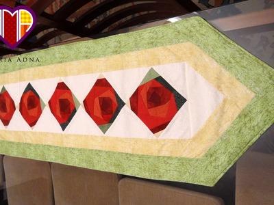 Caminho.trilho de mesa em patchwork Flores II - Maria Adna Ateliê - Cursos e aulas de patchwork