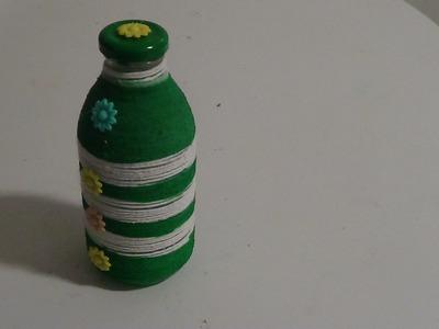 DIY saiba como fazer decoração na garrafa com barbante zebra verde