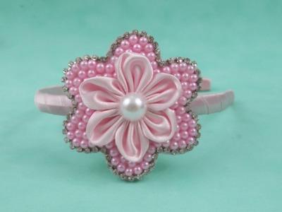 Faça você mesma:Tiara com flor de pérolas e flor de cetim
