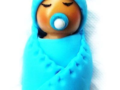 Artesanato: Bebê na manta feito em biscuit