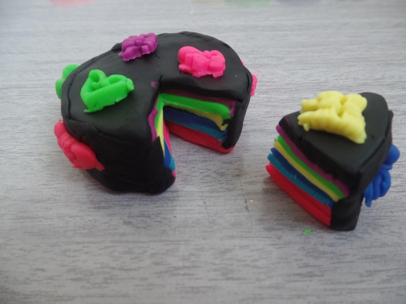 Bolo colorido Play Doh Arco Íris- Rainbow Cake-Play Doh