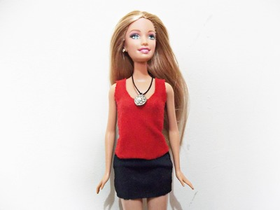 Tutorial: Como fazer uma blusa regata para Barbie. DIY: t-shirt  for Barbie