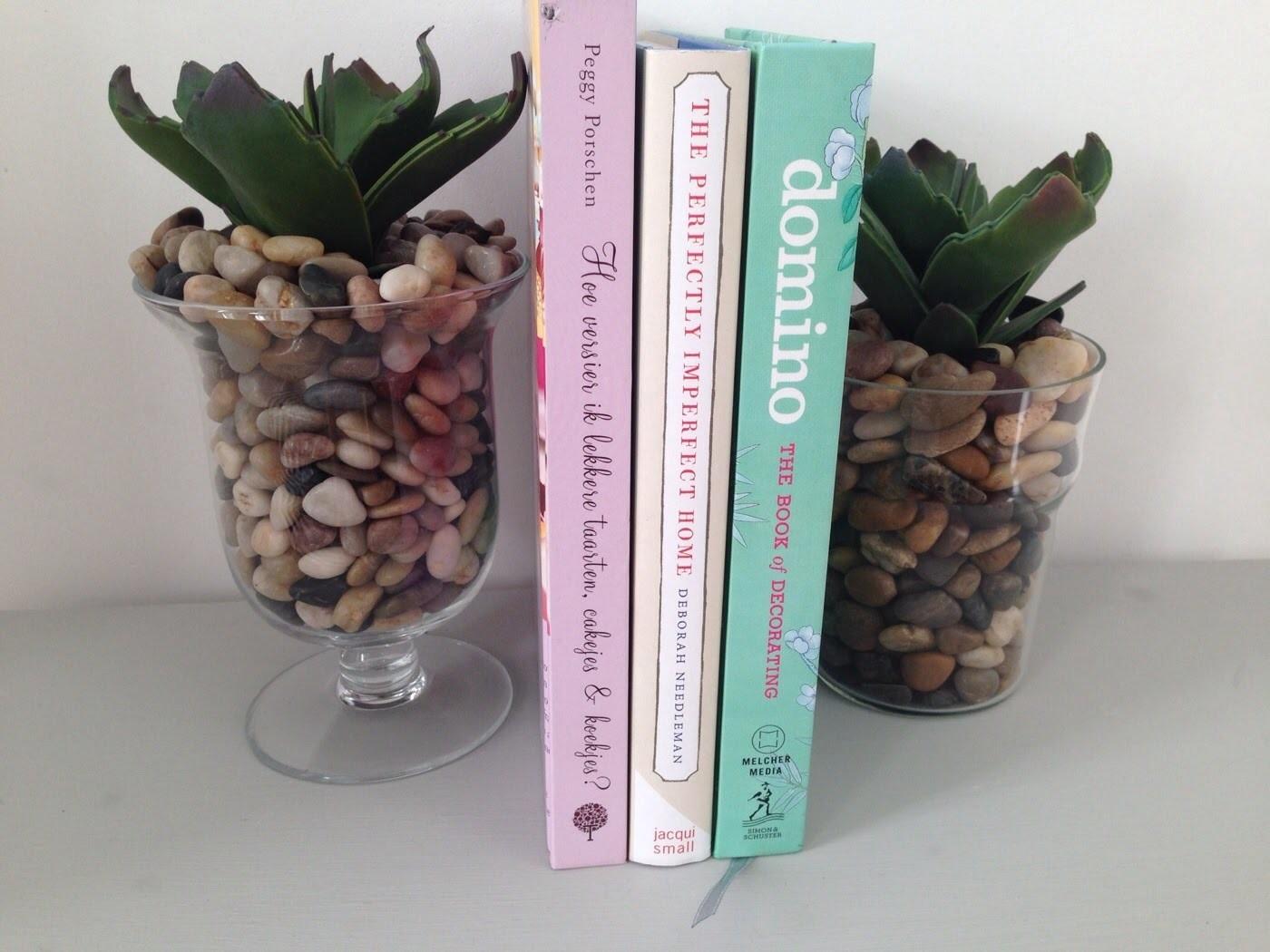 Diy bookend-Aparador de livros
