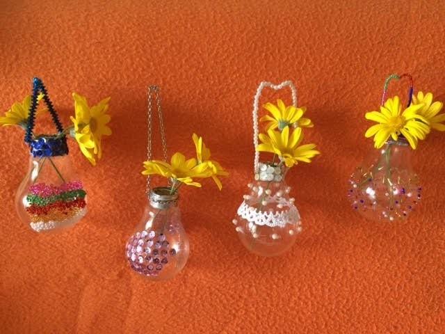 TUTORIAL - DIY - Como fazer decorações de lâmpadas recicladas