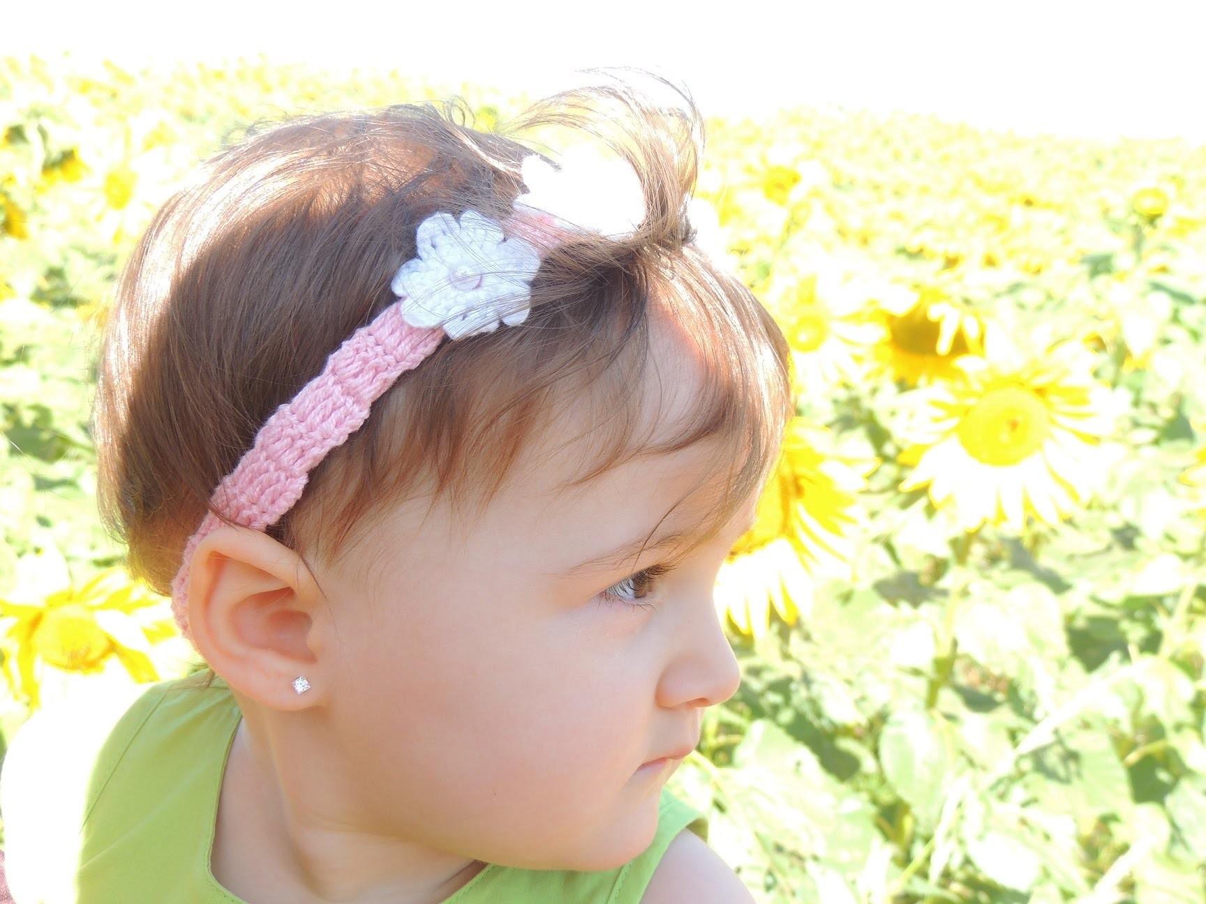 Tiara de Crochê com Florezinhas
