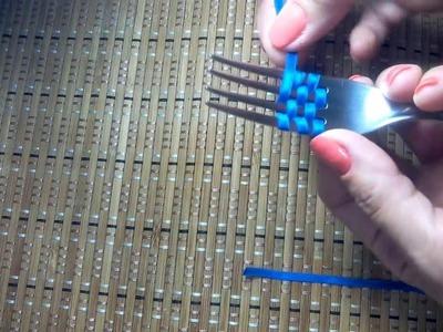 Como fazer um laço com garfo