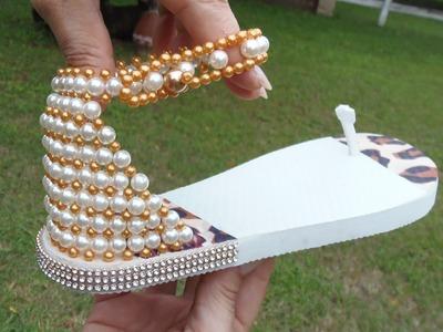 Linda sandália bordada em Perolas Super Fácil! Por Maguida Silva!