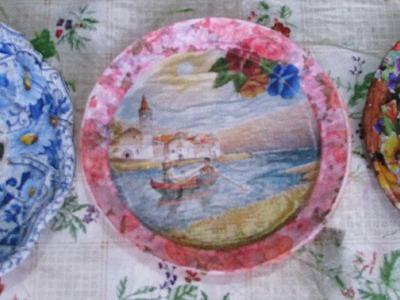 Artesanato: Como reciclar pratos descartáveis de festa