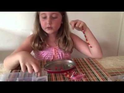 Aprendam a fazer pulseira com a Vicky