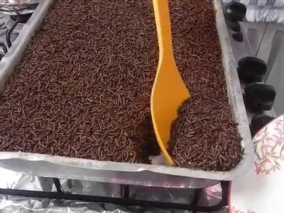 Bolo De Chocolate Fácil e Rápido Da Cris !
