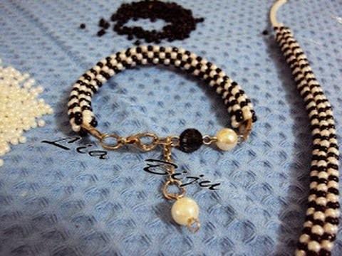 #cursodebijuteria   (bracelet of pearls)