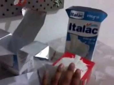 Enfeite de festa feito com caixa de leite