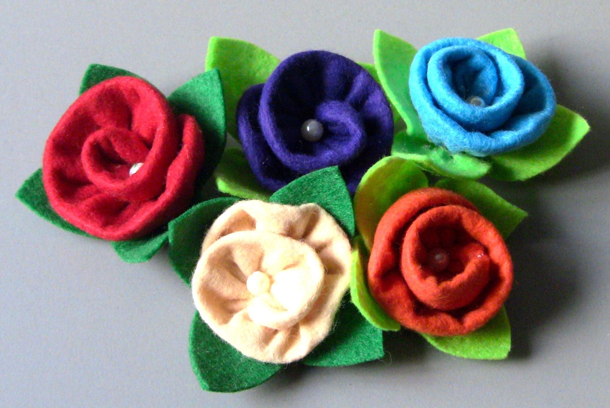 Rosa de Feltro em forma de Tornada  - Fabric flower tutorial