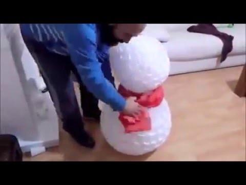 Boneco de neve de copo descartável