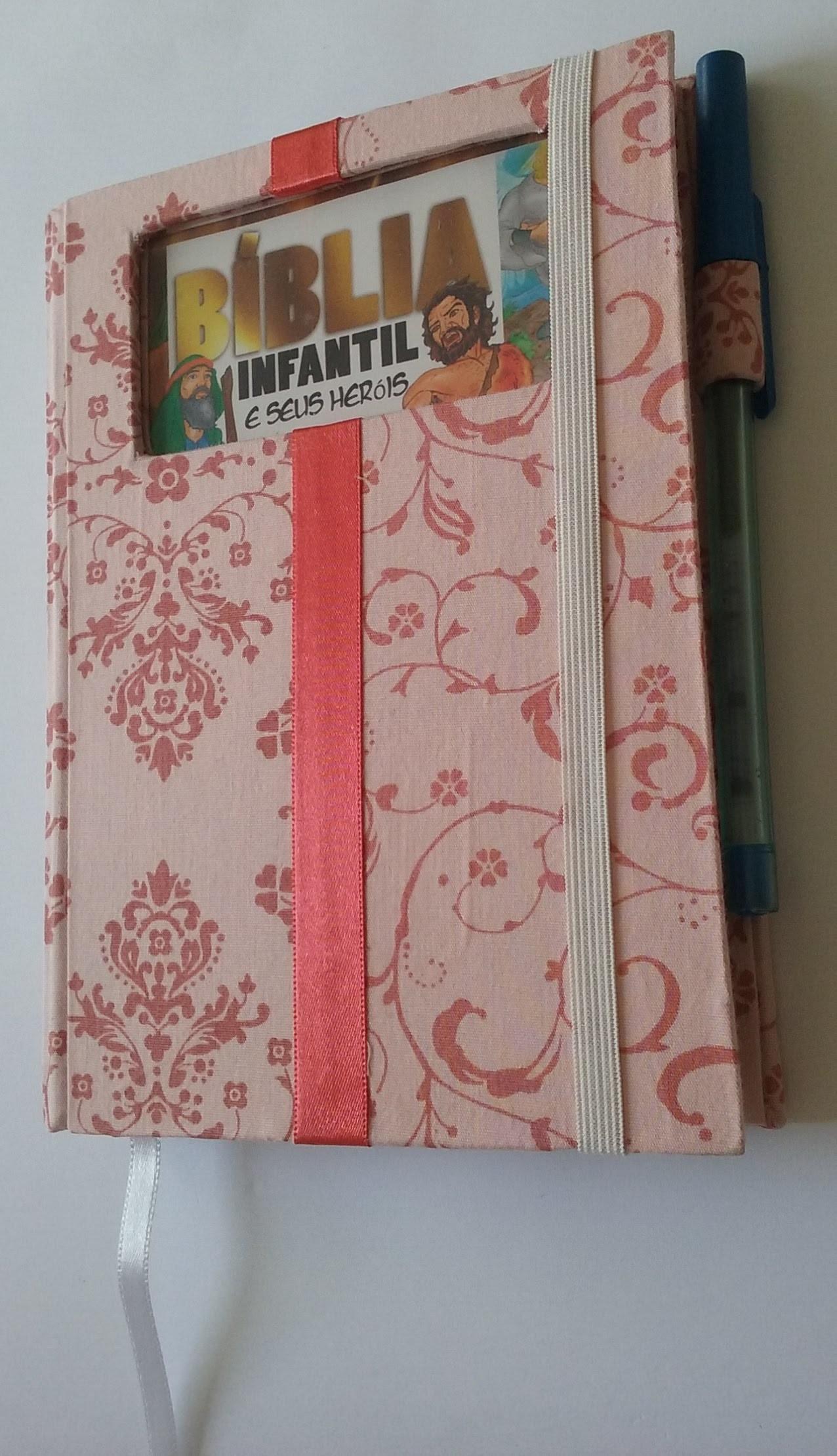 Capa para livro, agenda ou bíblia em cartonagem - Aula parte única