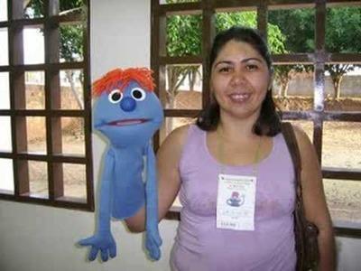 Cidade Feliz Puppet School Ad