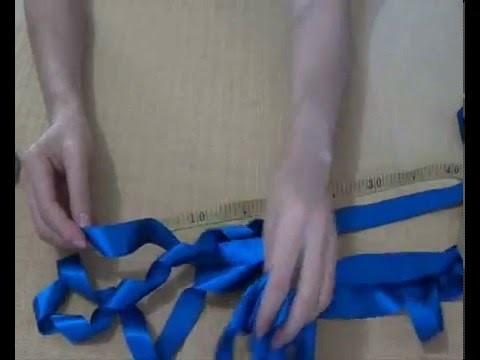 cb98c3db6677b Como fazer laço fofo (Pompom) de fita de Cetim