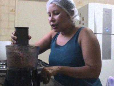 HANBURGUES CASEIRO DE CARNE E LINGUIÇA TOSCANA