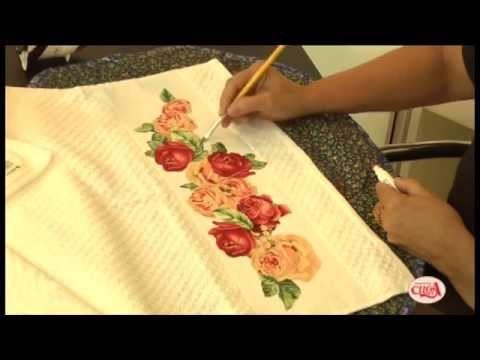 Alciana Rossi ensina a fazer uma linda toalha com a Decore Fix.