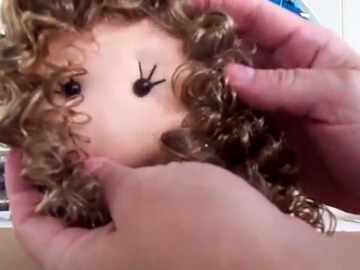 Boneca de pano (cabelo cacheado canecalon)