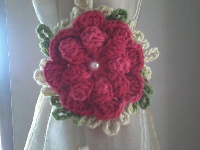 Flor de Croche Rasteirinha.  PARA APLICAÇÕES EM TAPETES
