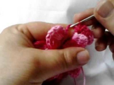 Flor de gomos rosa em croche