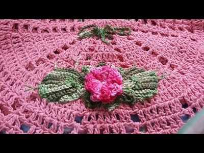 3 Parte do caminho de mesa em crochê colando e bordando as f