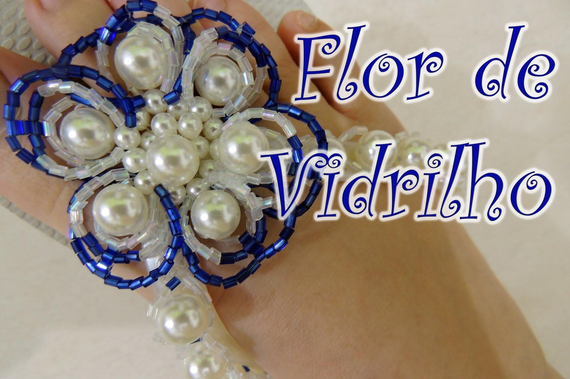 Chinelo decorado - Flor de vidrilho e pérolas