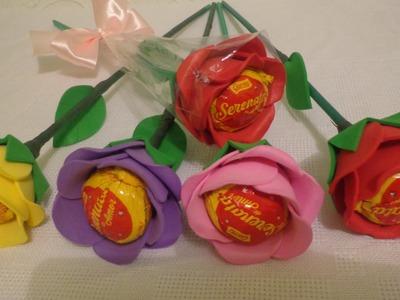 Flores  de Eva, com bombons.lembrança dia das mães.