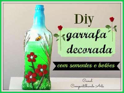 Garrafa decorada com sementes e botões - Artesanato - DIY -  Reciclagem