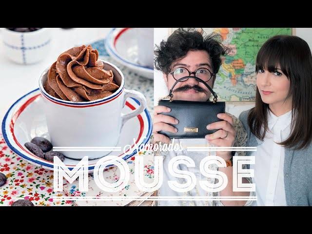 MOUSSE DE CHOCOLATE: O BIGODE SOZINHO NA COZINHA