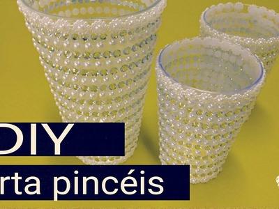 Diy porta pinceis.By Vanessa Paim