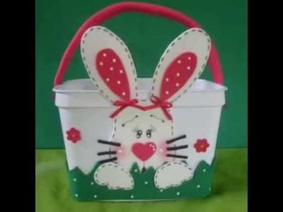 Artesanato e lembrancinhas feitas com potes de sorvete: tema Páscoa, coelhinho