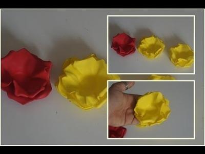 DIY:forma de docinho em formato de flor de E.V.A