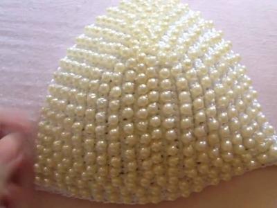 Como colocar pérolas no crochê bojo